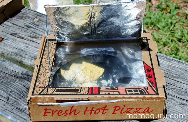 How to Make a Solar Oven out of a Pizza Box, cooking nachos